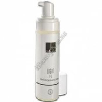 Нежная очищающая пенка витаминами E+C - Light E+C Gentle Cleansing Foam Dr. Kadir, 200 ml